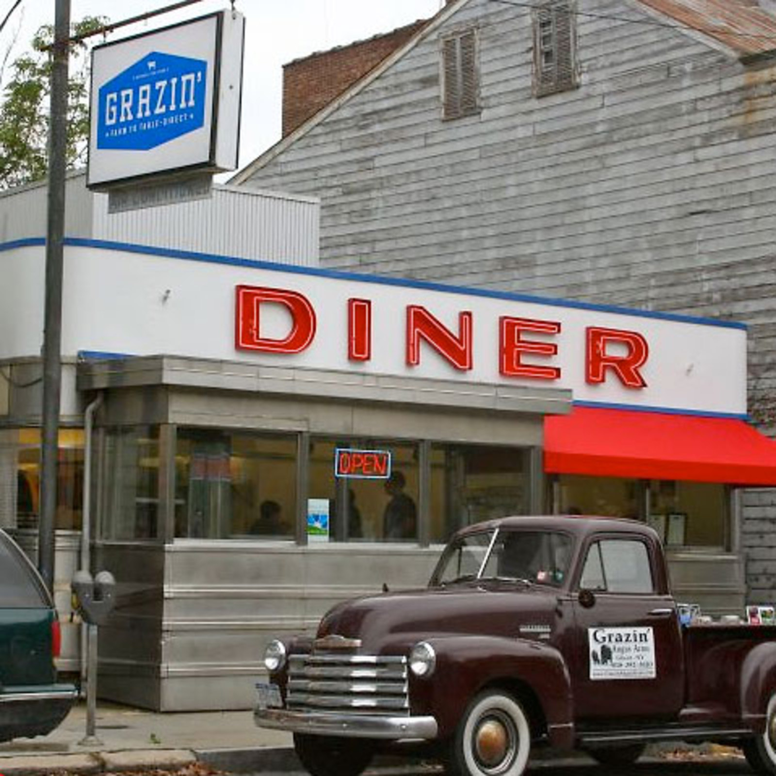 Grazin' Diner - Columbia County Tourism